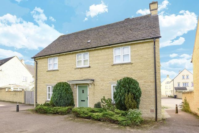 4 bed detached house for sale in Birch Grove, Madley Park, Witney