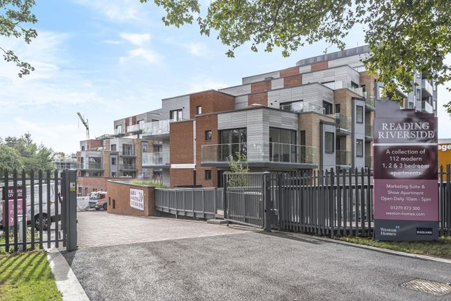 Thumbnail 1 bed flat for sale in Riverside View, Berkeley Avenue, Reading