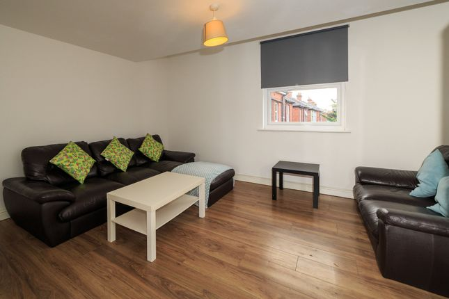 Thumbnail Terraced house to rent in Baileys Road, Southea