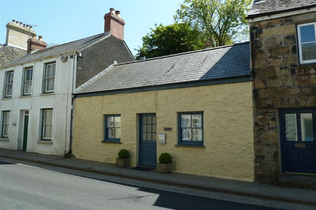 Thumbnail Cottage for sale in West Street, Newport, Pembrokeshire