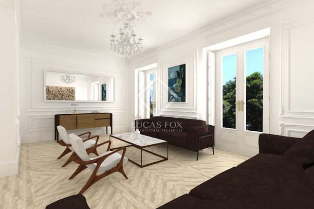 Thumbnail Apartment for sale in Spain, Madrid, Madrid City, Retiro, Jerónimos, Mad17129