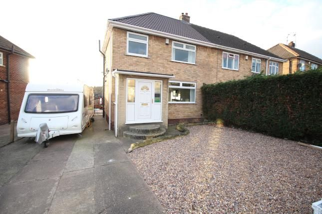 Thumbnail Semi-detached house to rent in Queens Avenue, Swinton, Mexborough
