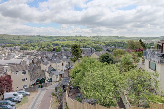 Thumbnail Terraced house for sale in Serpentine Road, Kendal