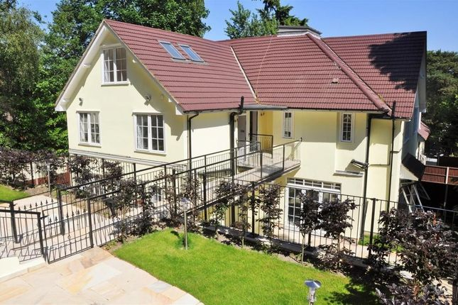 Thumbnail Flat for sale in Castle Road, Camberley