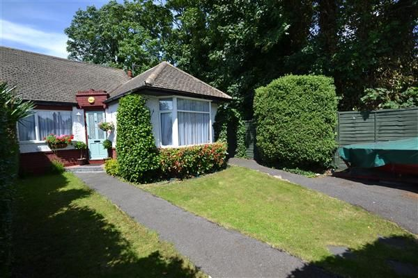 Thumbnail Bungalow for sale in Dorchester Drive, Feltham