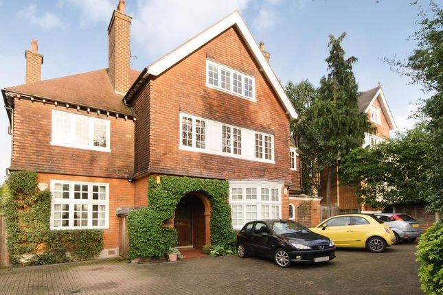 Thumbnail Flat to rent in Beechwood House, Putney Heath Lane