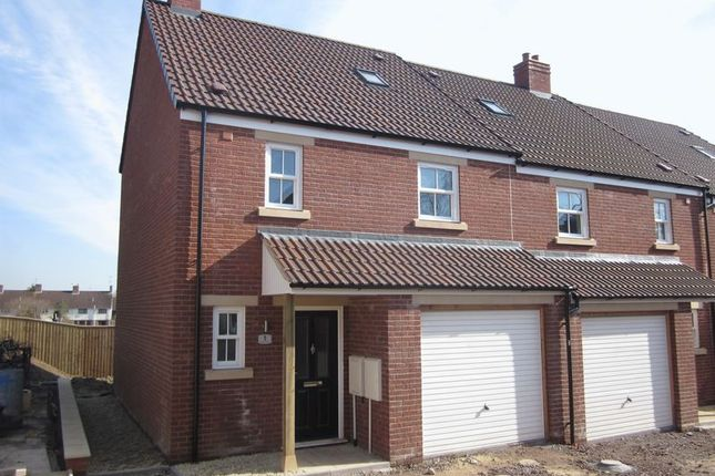 Thumbnail Terraced house to rent in Alexandra Road, Yeovil