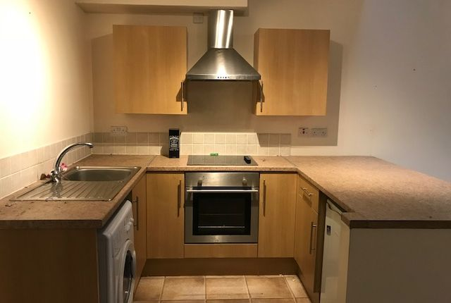 Thumbnail Flat to rent in Brecon Court, Pontardawe, Swansea