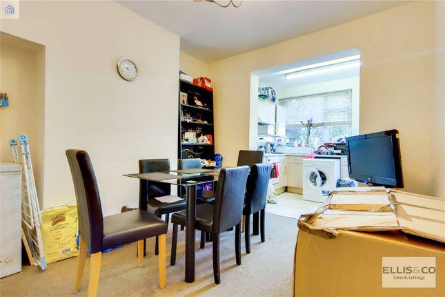 Picture No. 05 of Clive Road, Enfield EN1