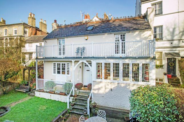 Thumbnail Cottage for sale in Cumberland Walk, Tunbridge Wells