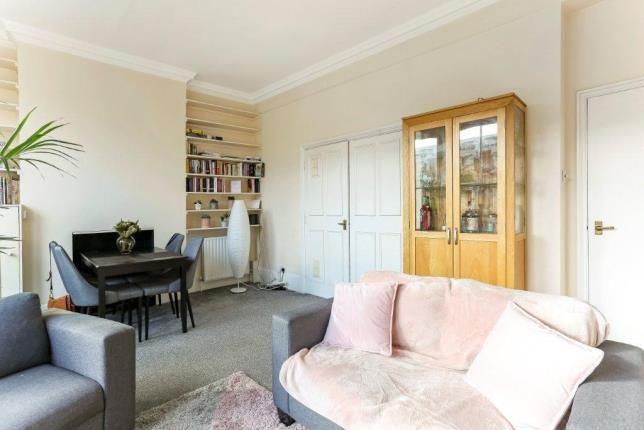 1 bed flat for sale in Lavender Hill, Battersea, London SW11