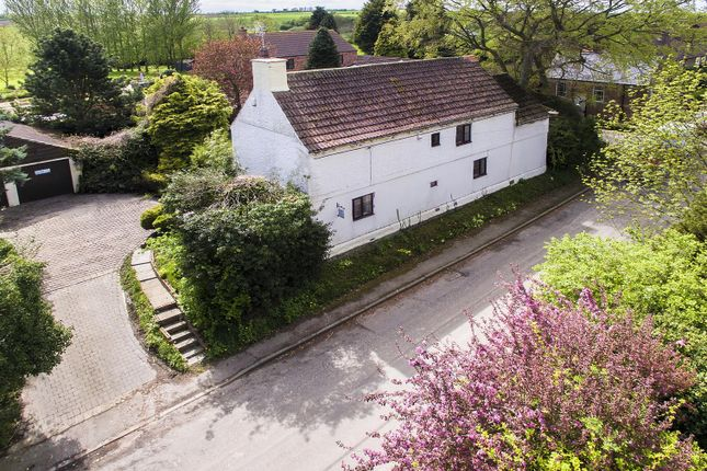 Thumbnail Detached house for sale in Top Street, Askham, Newark