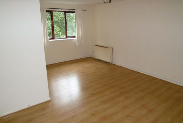 Thumbnail Flat to rent in Boarshaw Clough Way, Middleton, Manchester