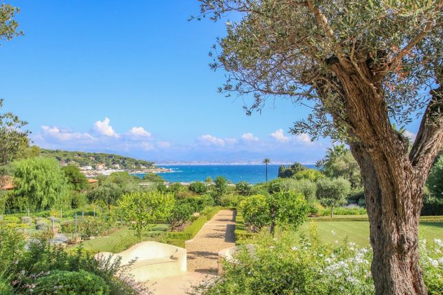 Thumbnail Villa for sale in Cap d Antibes, Antibes Area, French Riviera