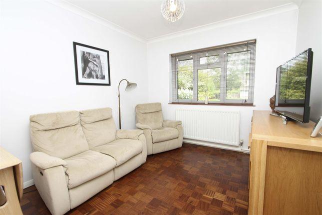 Family Room of Thornhill Road, Ickenham, Uxbridge UB10