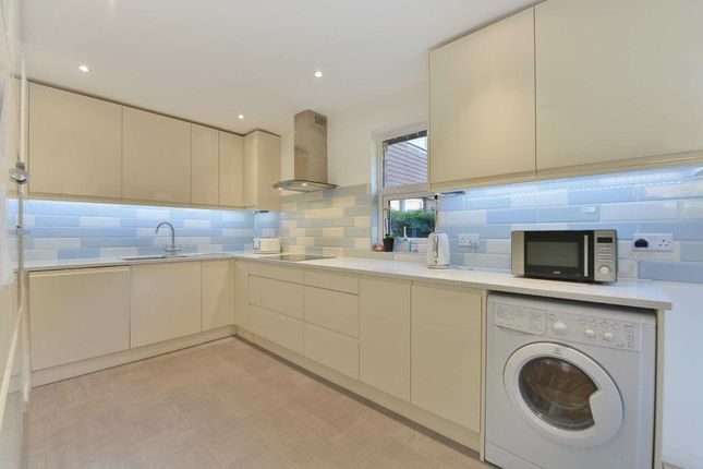 Thumbnail Terraced house to rent in Abbeyfield Road, Bermondsey