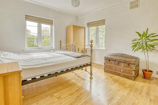 Master Bedroom of Deacons Hill Road, Elstree, Borehamwood WD6