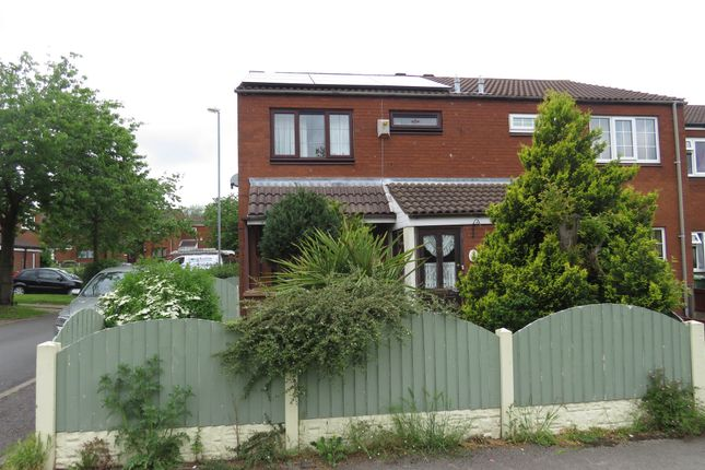 4 bed end terrace house for sale in Paddington Walk, Walsall