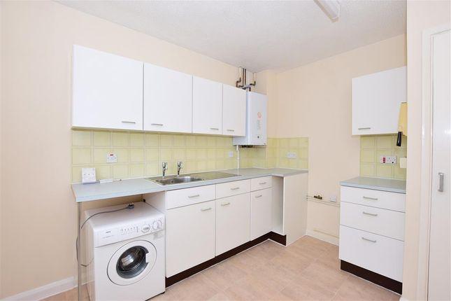 Thumbnail Flat for sale in Bridgeside, Deal, Kent