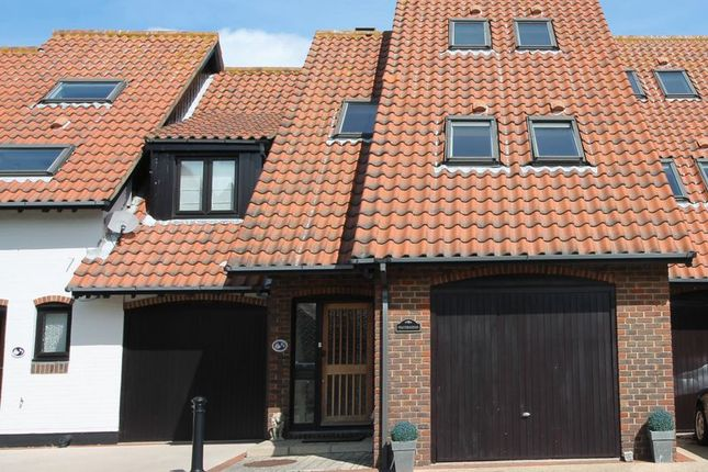 Thumbnail Terraced house for sale in Velsheda Court, Hythe, Southampton