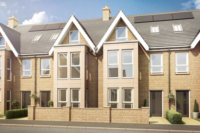 4 bed semi-detached house for sale in Kent Drive, Harrogate, North Yorkshire