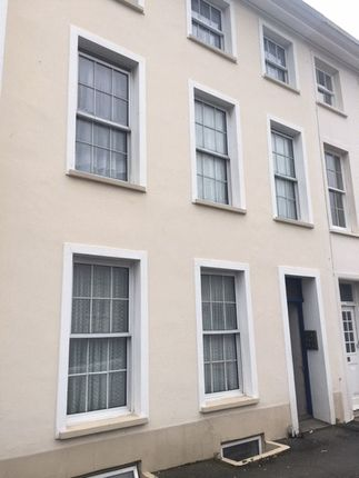 Thumbnail Flat to rent in Don Road, St. Helier, Jersey