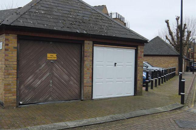 Dscf0267 of Codling Close, Wapping, Wapping E1W