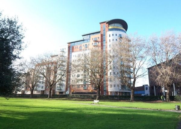 Flat to rent in Briton Street, Southampton