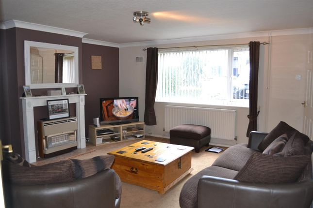 Thumbnail Terraced house to rent in Rhodes Avenue, Sleaford