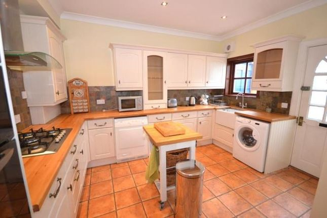 Thumbnail Semi-detached house to rent in Queen Street, Craigie, Perth