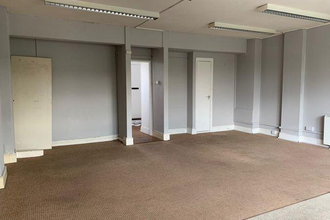 Studio to rent in Broadway North, Pitsea, Basildon SS13