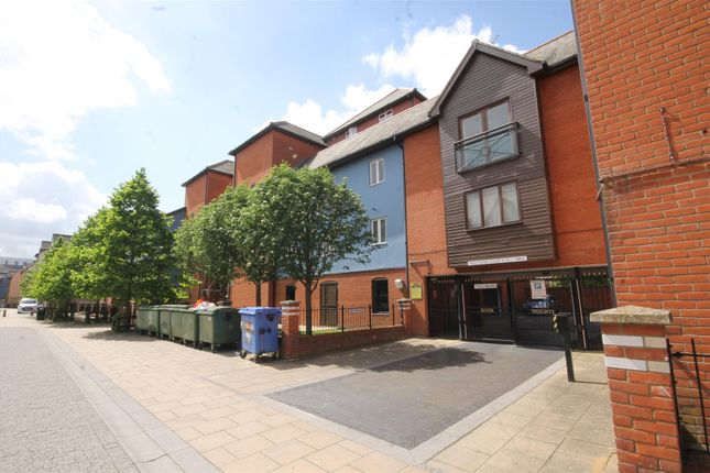 2 bed property to rent in Wherry Road, Norwich