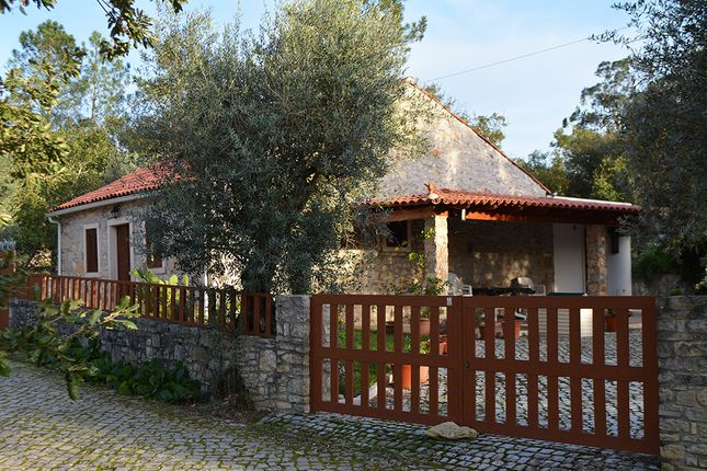 Thumbnail Cottage for sale in Small Village Near Ansião, Leiria, Central Portugal