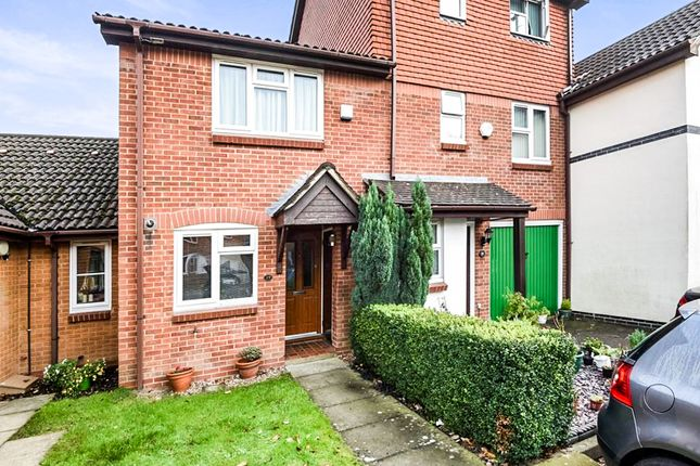 Thumbnail Terraced house for sale in Wordsworth Mead, Redhill