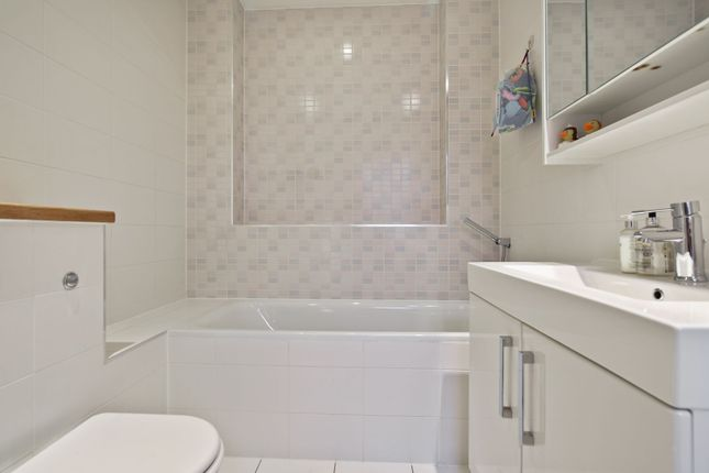 Bathroom of Madoc Close, London NW2