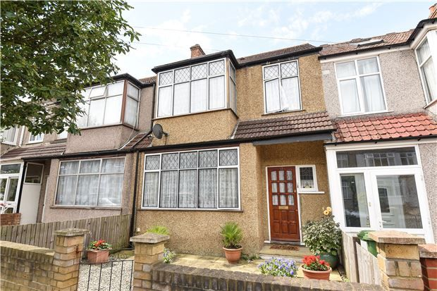 Thumbnail Terraced house for sale in Beckway Road, London
