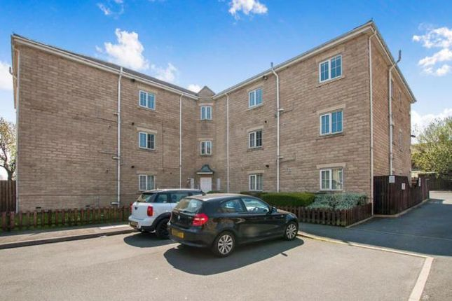 1 bed flat for sale in Minster Drive, Bradford BD4