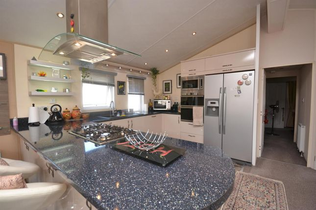 Modern Kitchen of Highfield Grange, London Road, Clacton-On-Sea, Clacton-On-Sea CO16