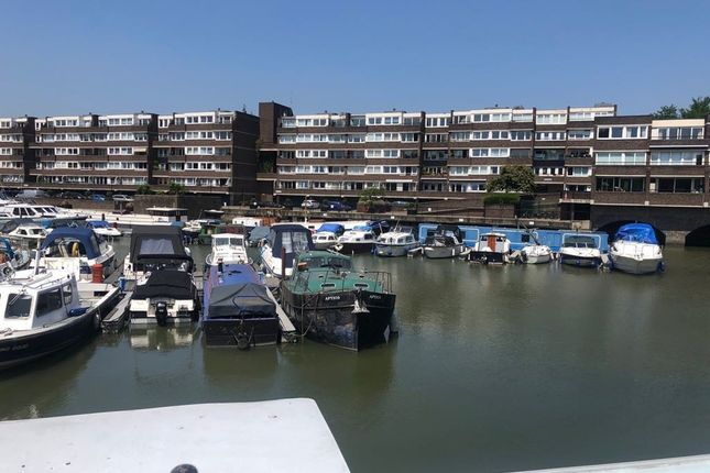 Commercial property for sale in Justin Close, Brentford