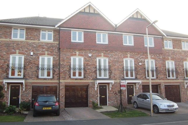 Thumbnail Town house to rent in 21 Abbeydale Cl, Ch/Hulme