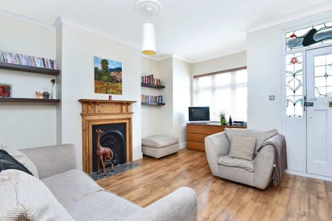 Thumbnail Terraced house for sale in Falkland Avenue, Friern Barnet, London