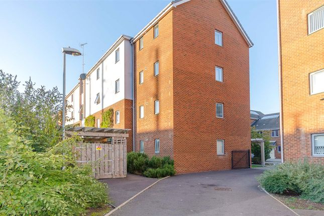 Thumbnail Flat for sale in Drummond Grove, Willesborough, Ashford, Kent