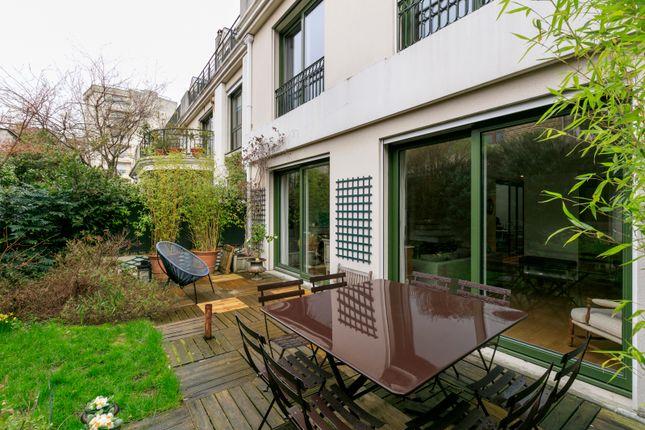 6 bed property for sale in Boulogne Billancourt, Paris, France