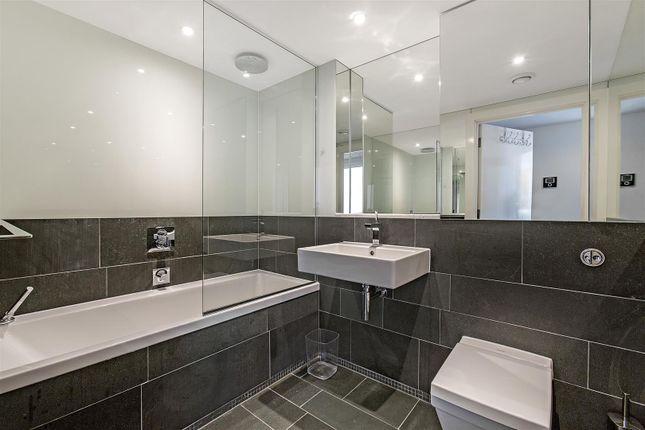 Bathroom of Caro Point, Grosvenor Waterside, 5 Gatliff Road, Chelsea, London SW1W