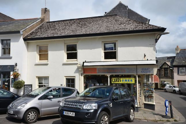 Thumbnail Flat to rent in The Square, Chagford, Newton Abbot