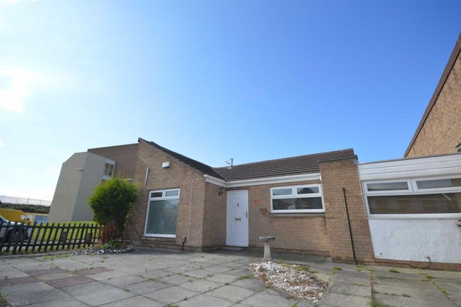 Thumbnail Detached bungalow to rent in Tide Way, Wallasey