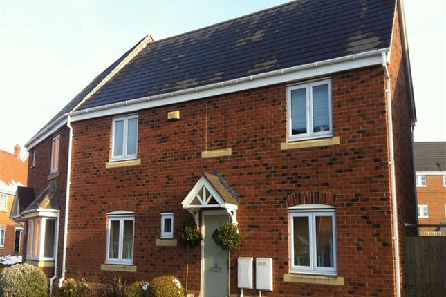 Thumbnail Property to rent in Ironwood Avenue, Kettering, Northampshire