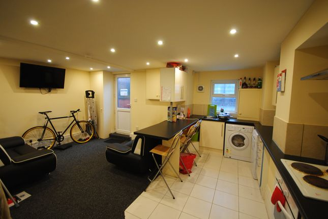 Thumbnail Terraced house to rent in 25 Lumley Road, Burley Park