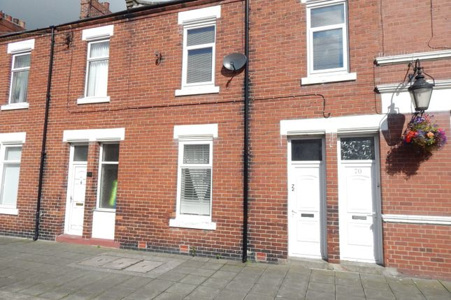 Thumbnail Flat to rent in Hedworth Lane, Boldon Colliery