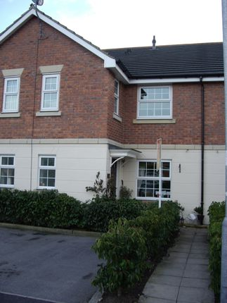 Thumbnail Terraced house to rent in Robin Close, Brough